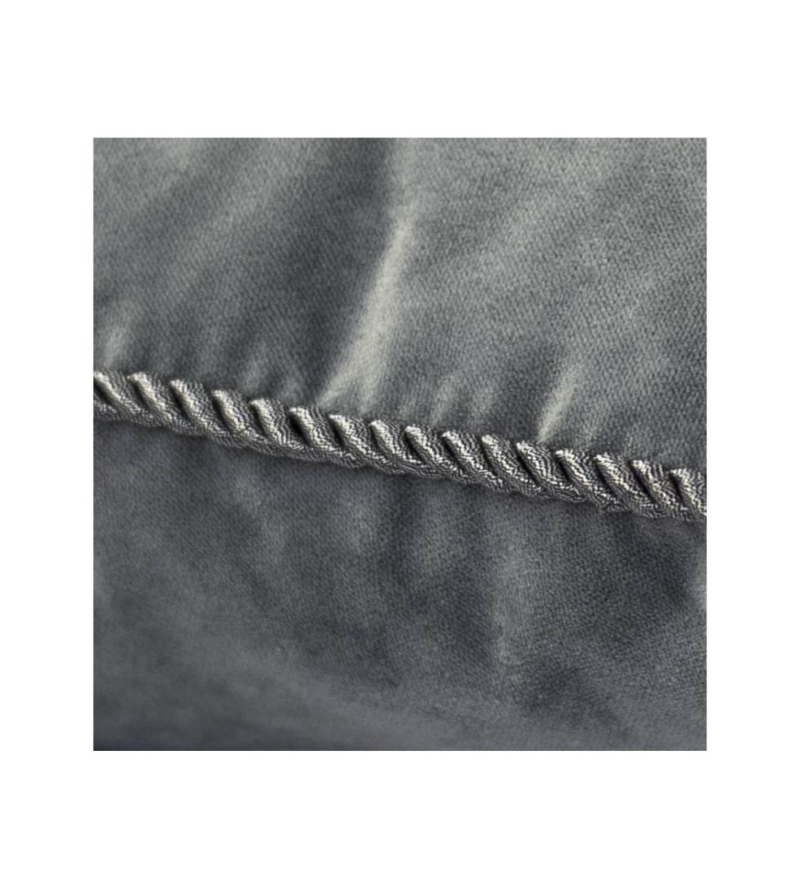 Подушка серая с бахромой